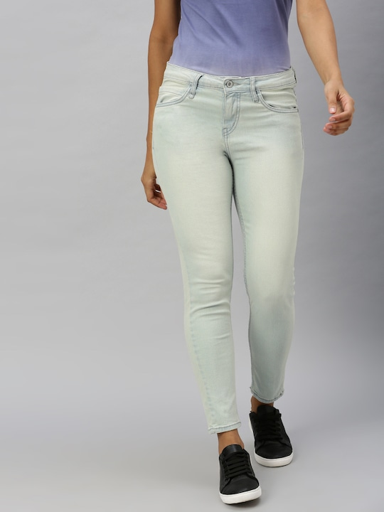 Roadster - Women Blue Skinny Fit Mid-Rise Clean Look Stretchable Jeans